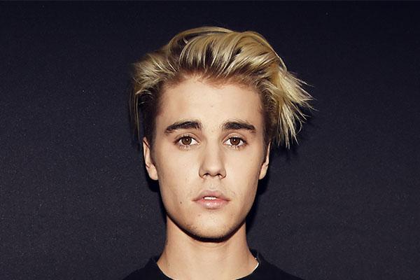 Justin Bieber ประวัติที่น่าสนใจซึ่งครอบครองใจใครหลายๆคน